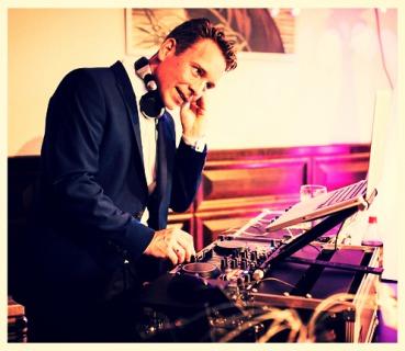 Hochzeits DJ Hamburg, DJ Hamburg, Firmenfeier DJ Hamburg,